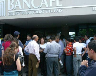 Capturan a dos exdirectivos de Bancafé por supuesto delito de quiebra fraudulenta