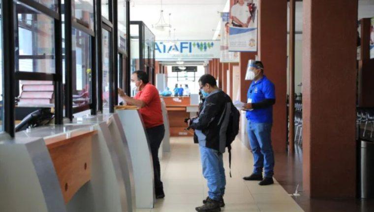 1 mil 380 patronos han pagado a cabalidad sus convenios de cuotas diferidas en el 2020. (Foto Prensa Libre: Hemeroteca)
