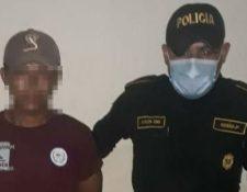 Crisantos Tiul Choc fue capturado en Ixcán, Quiché, por ser el presunto responsable de haber dado muerte a un recién nacido, producto de la violación de su hija de 15 años. (Foto Prensa Libre: PNC).