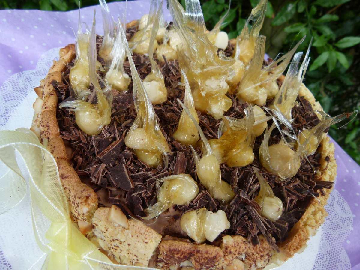Incomparable carlota de cacao y macadamia