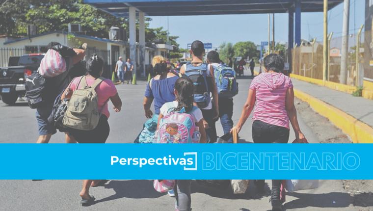 La migración no se detiene desde Guatemala, los habitantes buscan mejores oportunidades de vida desde hace siete décadas. (Foto Prensa Libre: Hemeroteca PL)