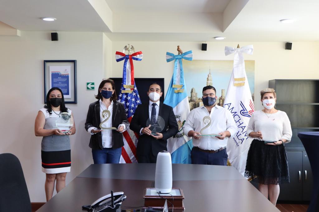 Propiedad Intelectual: Reconocen a pymes guatemaltecas por proteger diseños