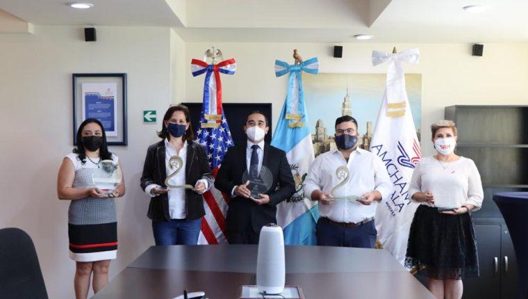 El Comité de Propiedad Intelectual de AmCham premio a pymes guatemaltecas en la materia. (Foto Prensa Libre: Cortesía)