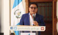 Guillermo Díaz, director de Migración, dijo que el presidente Alejandro Giammattei solicitó su destitución. (Foto Prensa Libre: Tomada de Vicepresidencia)
