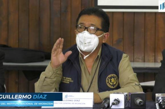 """""""Incurrió en actos opuestos al Estado"""": ministros piden la destitución del director de Migración, Guillermo Díaz"""