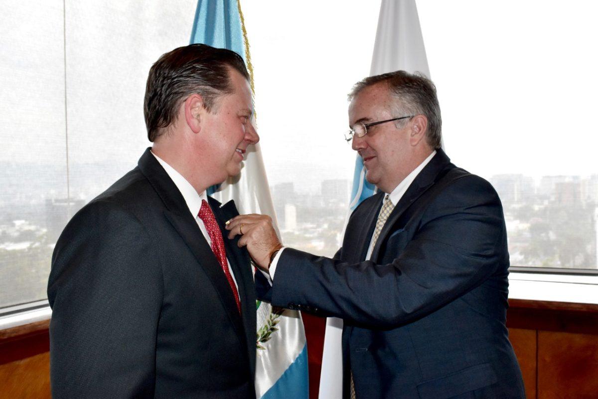 Hermann Girón asume presidencia del Cacif hasta 2022