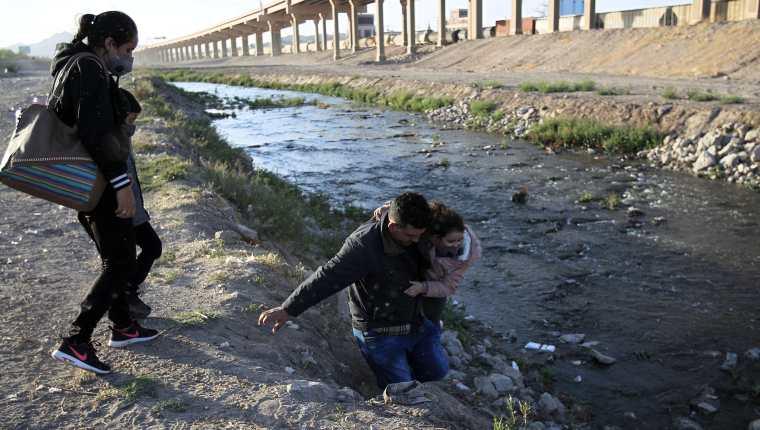 El acuerdo de EE. UU. con México, Honduras y Guatemala buscaría reducir la llegada de migrantes ilegales, cuyo flujo se ha incrementado durante el 2021. (Foto Prensa Libre: EFE)
