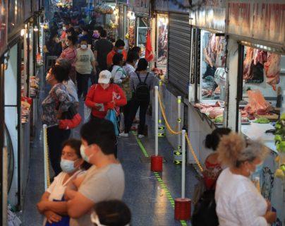 Sube precio de 21 productos de la Canasta Básica en abril, según el INE