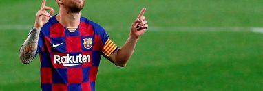 Botines de futbol que usó Lionel Messi cuando batió el récord de más goles marcados para un solo club serán subastados. (Foto Prensa Libre: EFE)