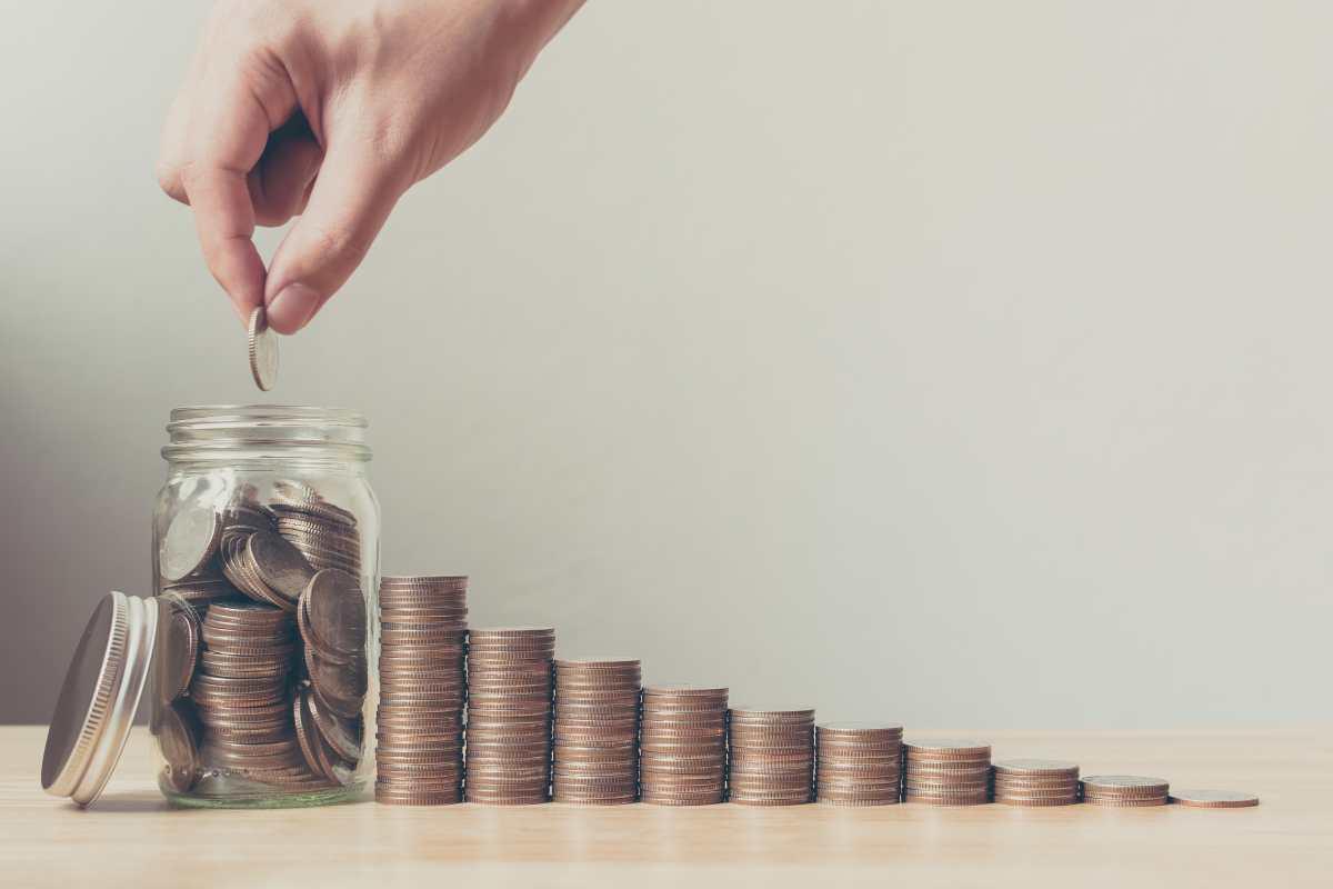Consejos efectivos para ahorrar dinero y cómo hacer un plan para lograrlo