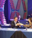 Connie de Paiz entrega presidencia de Agexport a Guillermo Montano. (Foto Prensa Libre: Twitter Agexport)