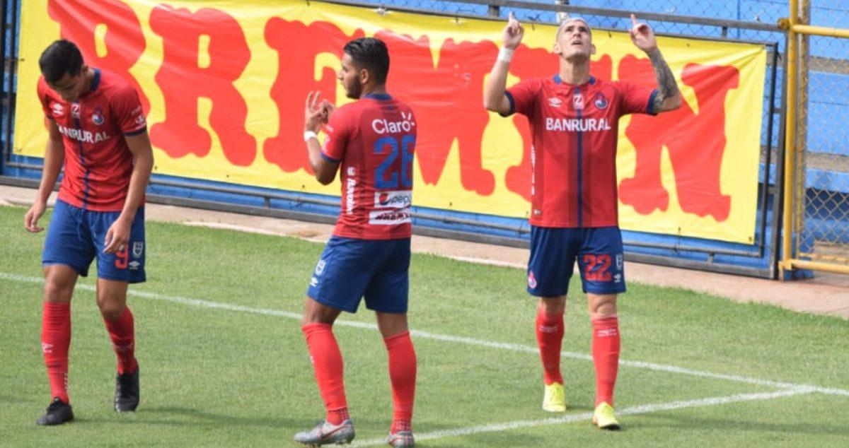 Clausura 2021: Municipal golea a Malacateco y se pone fino de cara al clásico contra los cremas