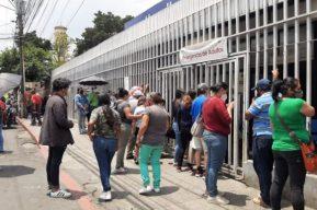 Hospital San Juan de Dios envía a pacientes dependientes de oxígeno a su casa por falta de espacio y esto dice Salud