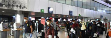 Guatemaltecos que viajaron en diciembre del 2020 hacia la provincia de Columbia Británica, en Canadá como parte del Programa de Trabajo Temporal en el Extranjero. (Foto Prensa Libre: Mintrab)
