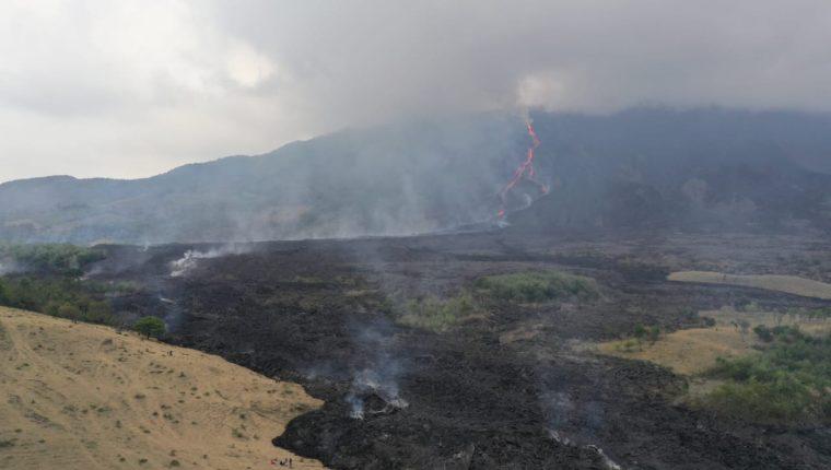 El volcán de Pacaya mantiene actividad alta y lleva más de 60 días en fase eruptiva. Foto Prensa Libre: Fernando Cabrera.