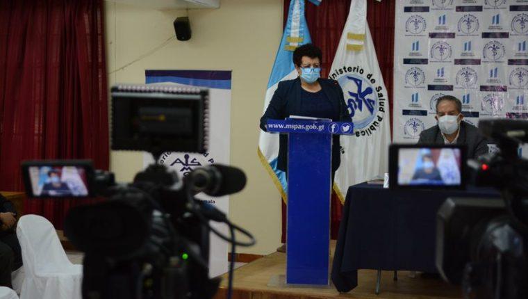 Amelia Flores, ministra de Salud en conferencia de prensa. (Foto: MSPAS)