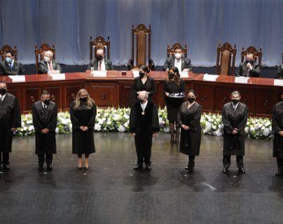 CC confirma que José Francisco de Mata Vela y María Cristina Fernández continuarán como magistrados mientras se completa esa corte