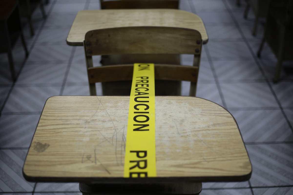 Mientras más tiempo estén cerradas las escuelas, menor será el rendimiento de los estudiantes