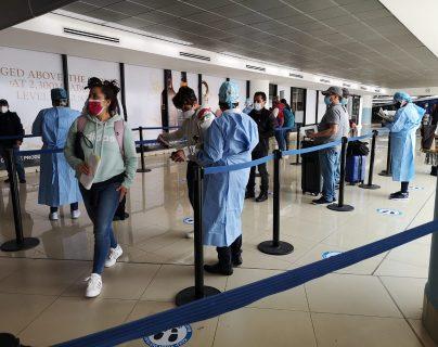 El caso del viajero al que no le aceptaron un test PCR de saliva en Guatemala y qué responde Salud