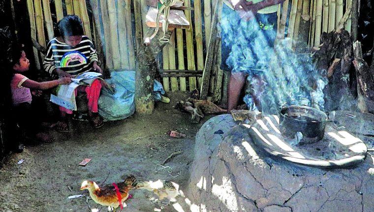La crisis alimentaria se deja sentir aún más en el corredor seco a partir de abril, cuando comienza el período de hambre estacional. (Foto Prensa Libre: Hemeroteca PL)