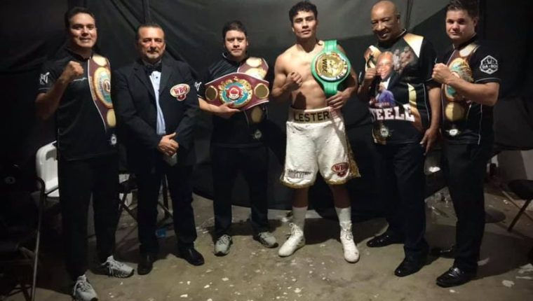 Lester Martínez festejó su noveno triunfo en el boxeo profesional. (Foto Academia de Boxeo).