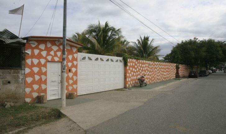 Casa del clan Lorenzana en La Reforma, Huité, Zacapa. (Foto: Hemeroteca PL)
