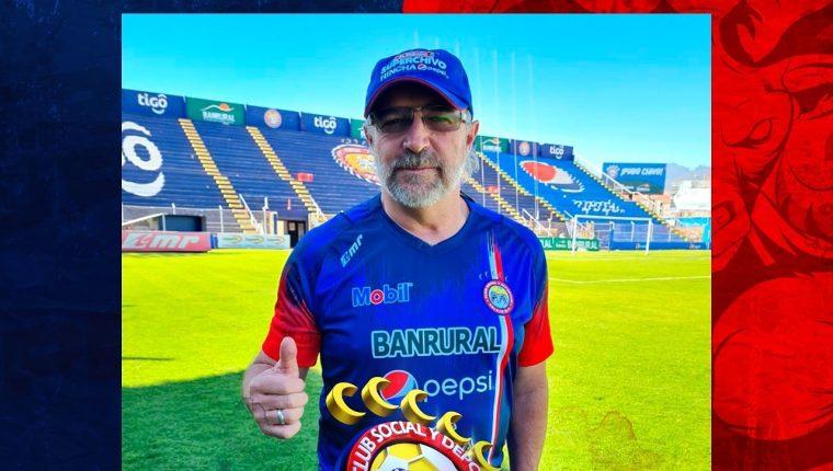 Xelajú MC decidió cesar del cargo a Gustavo Machaín. (Foto Prensa Libre: Xelajú MC)