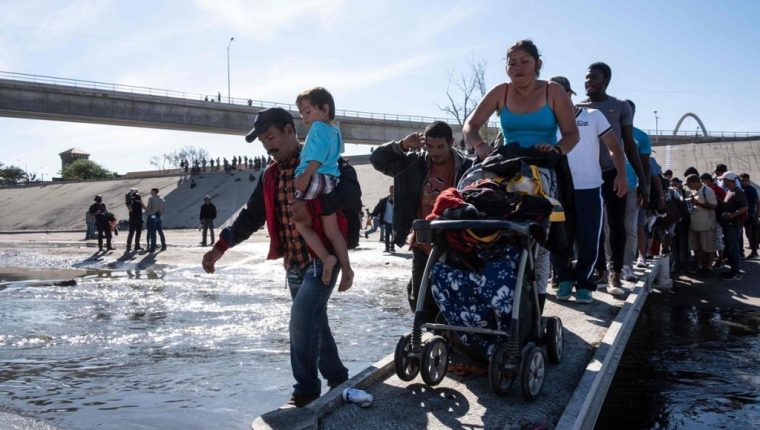 Estados Unidos insiste en que combate de la corrupción en Centroamérica es esencial para frenar migración