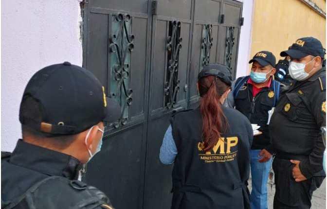 Tres trabajadoras del Ministerio de Salud fueron capturadas por sustraer medicamentos e insumos por más de Q400 mil. (Foto Prensa Libre: MP)