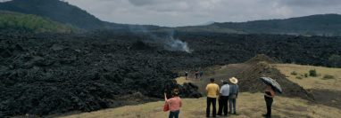 Un río de lava se mantiene activo y es la principal amenaza para dos comunidades. (Foto: Carlos Hernández)