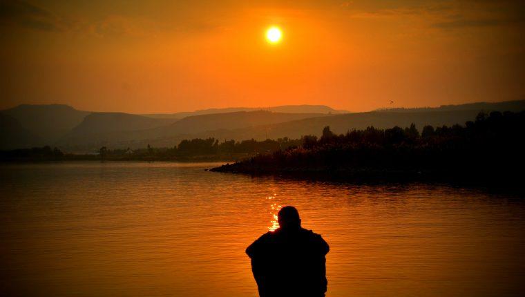 La depresión puede tratarse y tiene solución.  Es indispensable buscar ayuda y acompañamiento.   (Foto Prensa Libre:  Pexels)