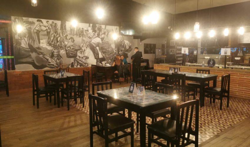 La Gremial de Restaurantes de la Cámara de Comercio reportó una disminución de comensales durante el fin de semana por las medidas decretadas el pasado viernes. (Foto Prensa Libre: Cortesía)