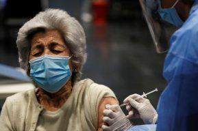 Cacif y su propuesta para utilizar el padrón del TSE y recintos electorales como centros de vacunación