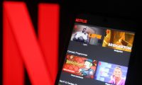 La pandemia es un arma de doble filo para Netflix: más suscriptores pero menos estrenos.