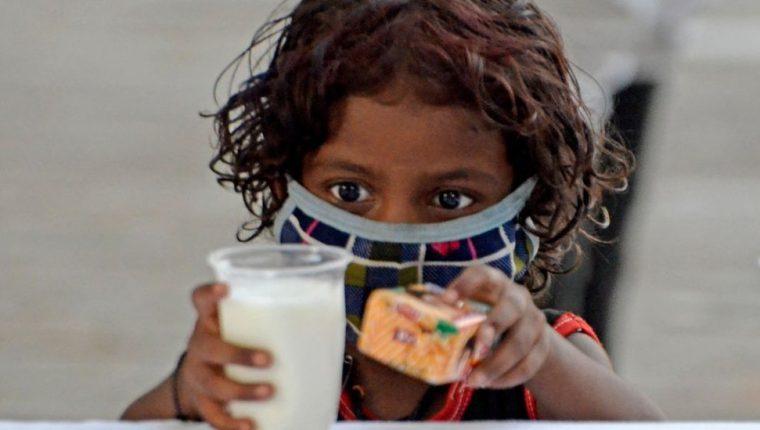 Los niños se han visto gravemente afectados por la segunda ola de coronavirus en India.