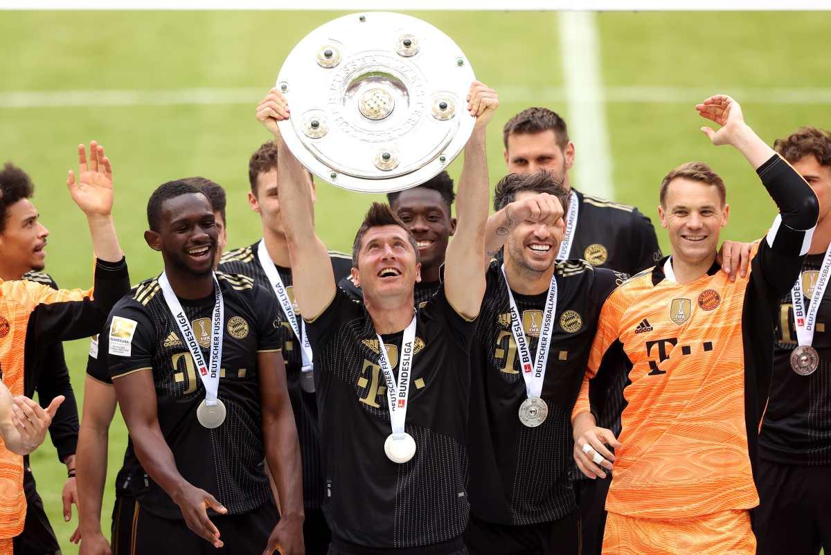 Lewandowski bate el récord de goles de Gerd Muller en cierre de la Bundesliga