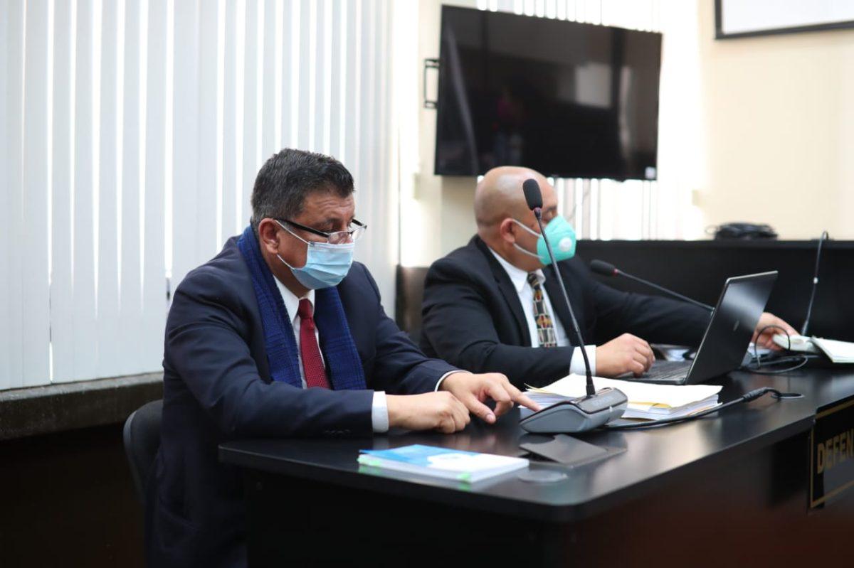 Exdiputado Estuardo Galdámez, señalado de corrupción, argumenta indefensión y logra suspender audiencia