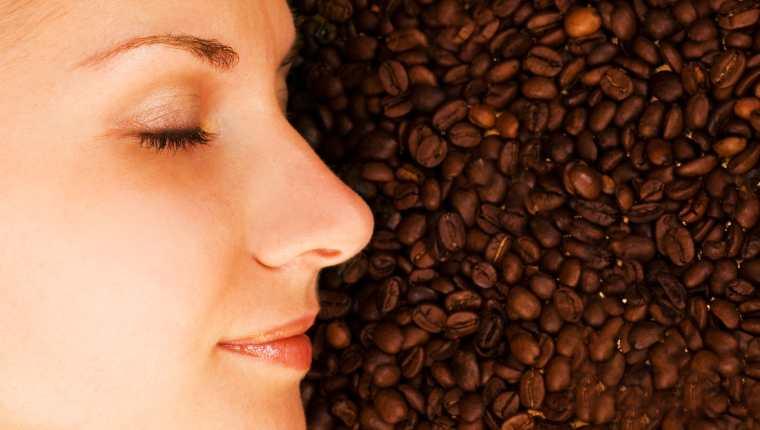Efectos de la cafeína en la piel (y otras consecuencias para el organismo)