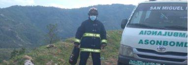 Bomberos Municipales Departamentales se preparan para el rescate de los cuerpos. (Foto: Bomberos Municipales Departamentales)