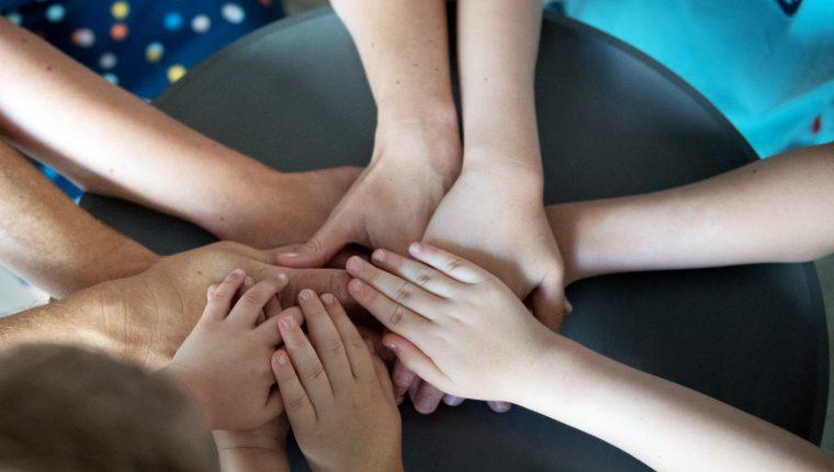 Buscar soluciones entre todos es clave para las familias