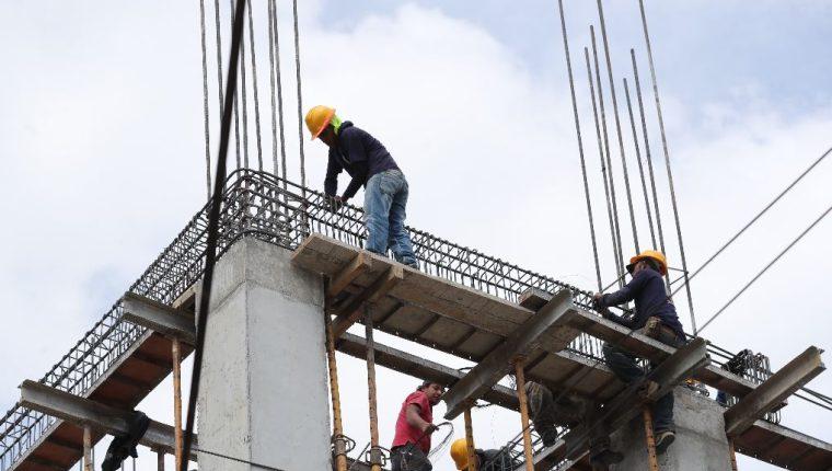 La Ventanilla de Trámites de la Construcción forma parte de las reformas que busca presentar el Gobierno de Guatemala para mejorar en el Índice del Doing Business del Banco Mundial. (Foto Prensa Libre: Hemeroteca)