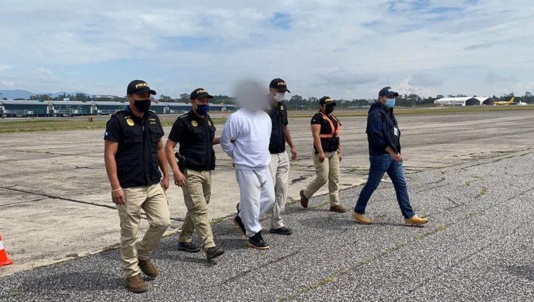José Mardoqueo Ortiz Morales, quien tenía vigente una orden de aprehensión por asesinato y delitos contra deberes de lesa humanidad, es vinculado a la masacre de Dos Erres. (Foto Prensa Libre: PNC)