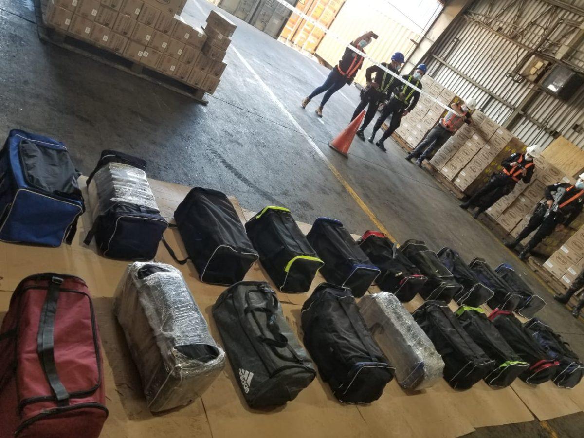 Cargamento de cocaína hallado en Santo Tomás de Castilla fue enviado en 19 maletines