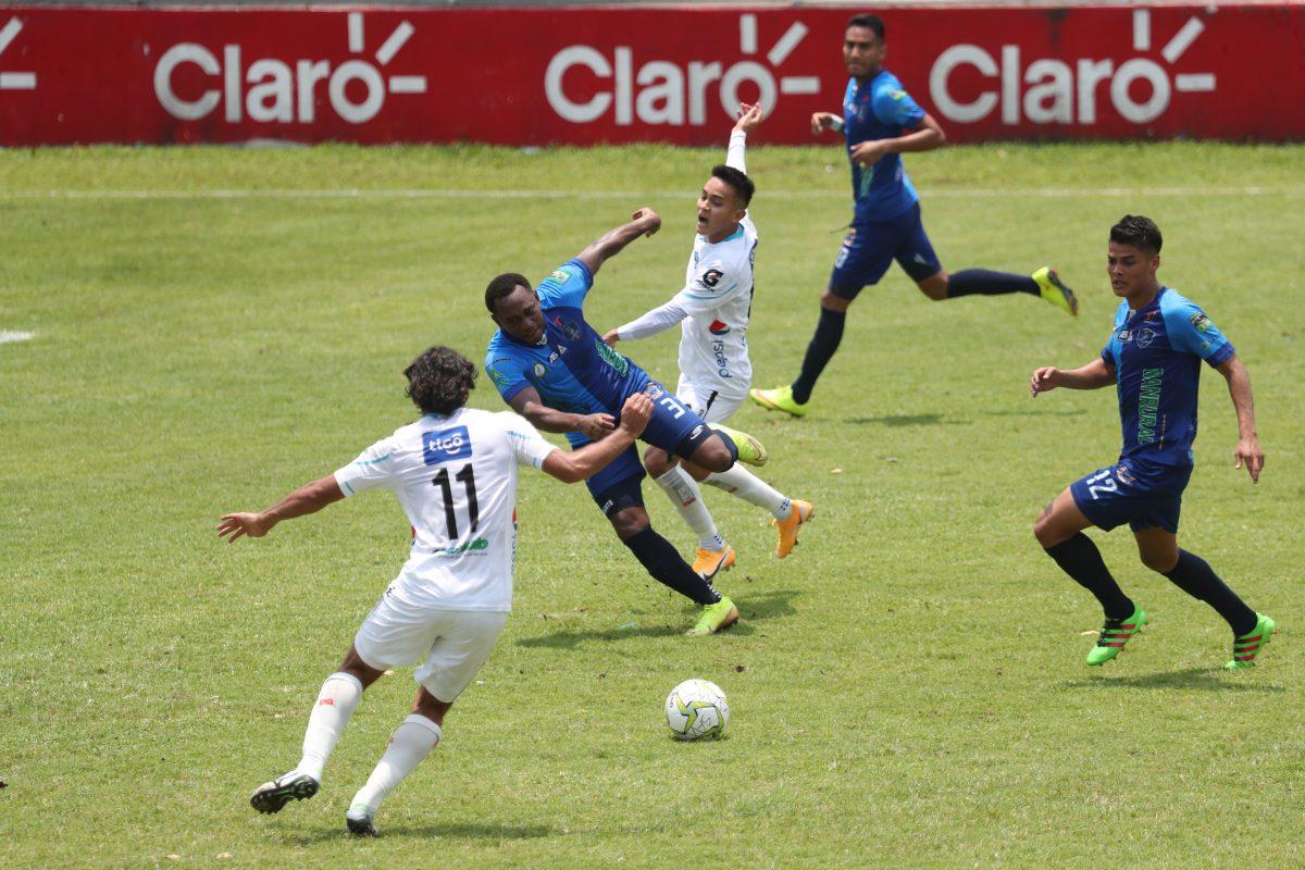 Comunicaciones y Santa Lucía librarán la última batalla por el título del Clausura 2021