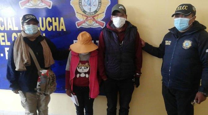 Padres acusados de golpear a su hijo Bolivia