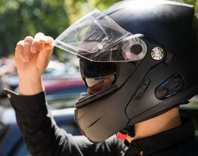 Qué tener en cuenta a la hora de comprar un casco de moto
