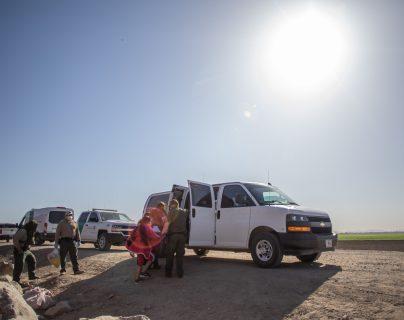 Niñas guatemaltecas halladas en la frontera de EE. UU. habrían sido secuestradas y se presume que parientes pagaron US$3 mil de rescate