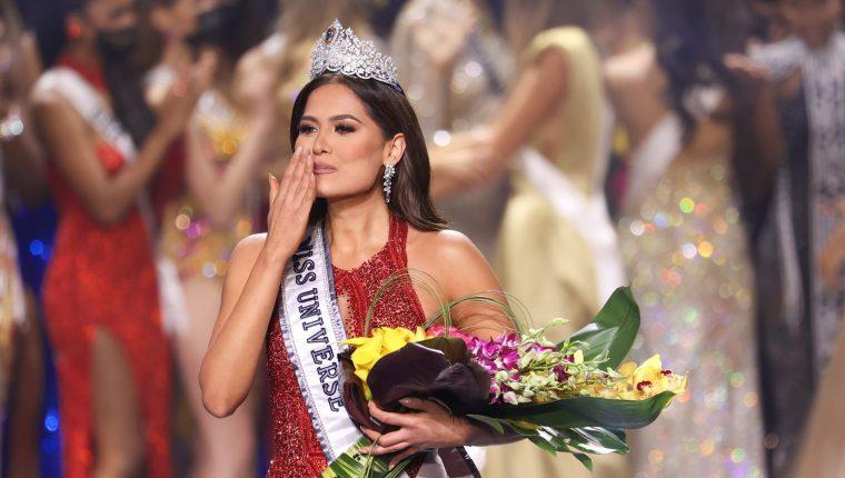 Andrea Meza corona a México en Miss Universo. Foto: AFP