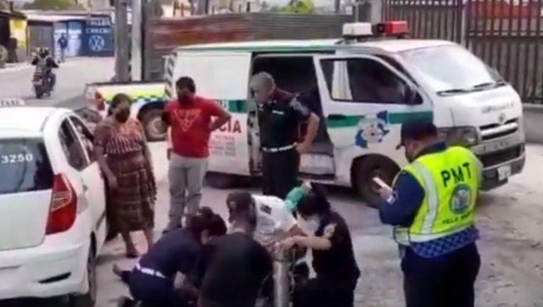 Un padecimiento cardiaco pudo haber sido la causa del fallecimiento de una mujer, en la zona 5 de Villa Nueva. (Foto Prensa Libre: PMT Villa Nueva)
