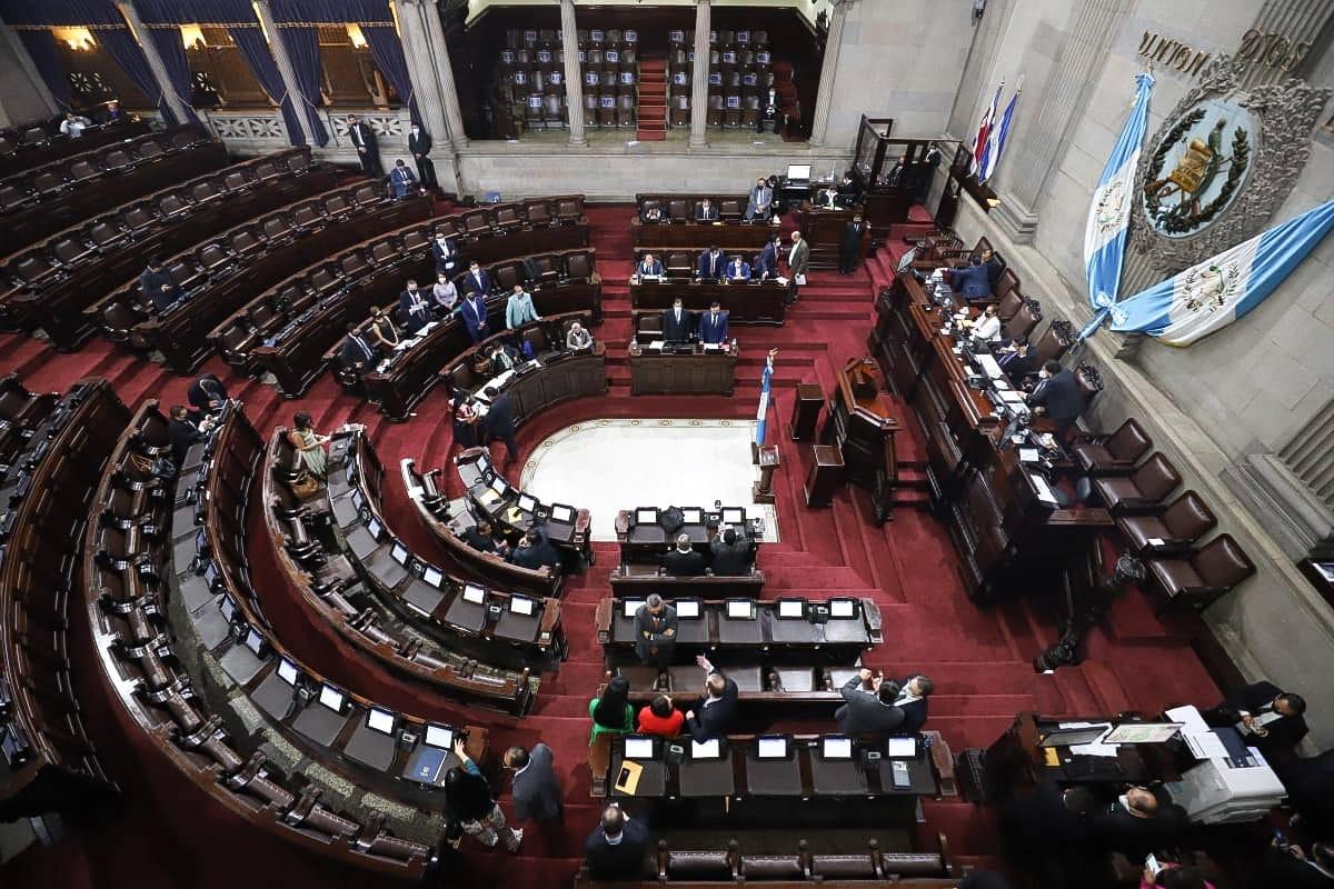 Falta de voluntad política frena la ley de los puertos en Guatemala